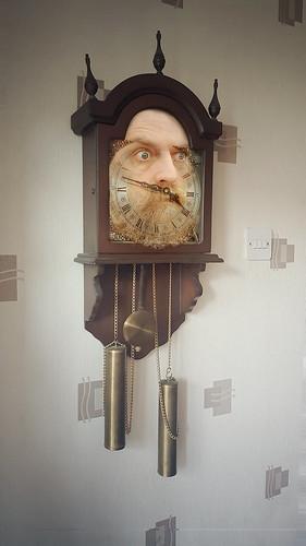 348/365 - old clock face