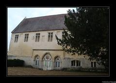 Le Prieuré Saint-Maurice dans le parc du Château de Senlis- Oise- France.