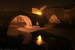 FR11 3439 Le Pont de l'Abbaye et la rivière l'Orbieu. Lagrasse, Aude, Languedoc