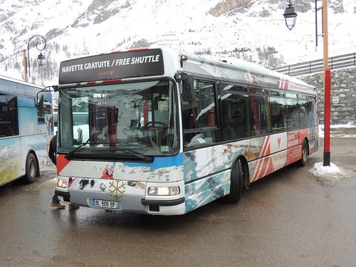 DSCN3260 Société des Téléphériques de Val d'Isère BL-606-BF