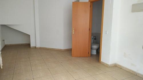 Local en pleno centro de Benidorm. Les atenderemos en su agencia inmobiliaria de confianza Asegil en Benidorm  www.inmobiliariabenidorm.com