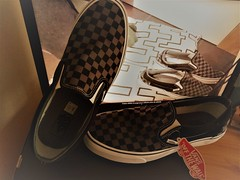 VANS SLIP ON CHECKER BLACK