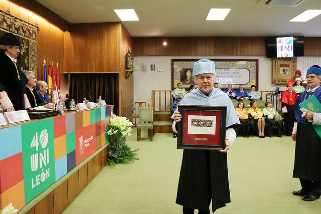 Reconocimiento a la Facultad de Filosofía y Letras