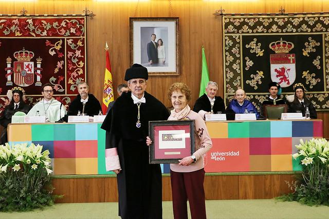 Reconocimiento a Andrés Suárez Suárez