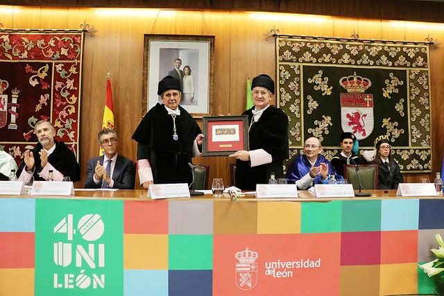 Acto Académico Conmemorativo del 40 Aniversario de la Universidad de León 10