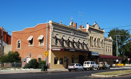 Victoria Hotel, Bathurst, NSW.