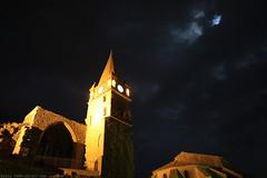 FR11 3530 Les vestiges et le clocher du château. Capendu, Aude