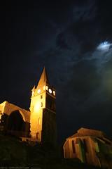 FR11 3539 Les vestiges et le clocher du château. Capendu, Aude