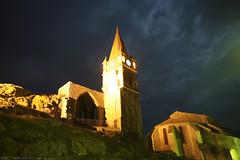 FR11 3536 Les vestiges et le clocher du château. Capendu, Aude