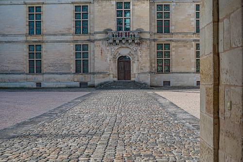 11-Château de Cadillac, la cour intérieure