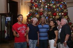 La Navidad llega al Palacio Nacional. Familias dominicanas visitan jardines de su Palacio Nacional decorado especialmente para la Navidad (19-12-2019)