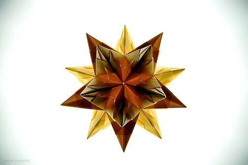 Origami Bascetta Star (Paolo Bascetta)