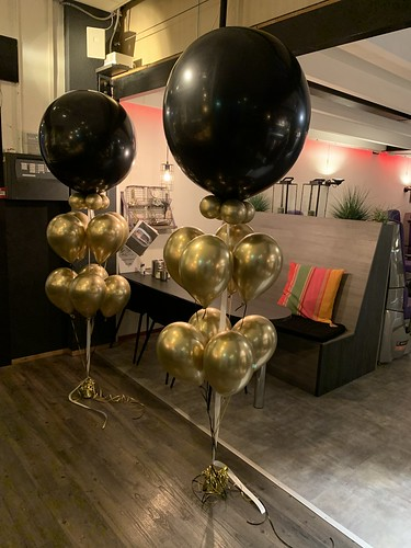 Gronddecoratie 9ballonnen Club Active Barendrecht