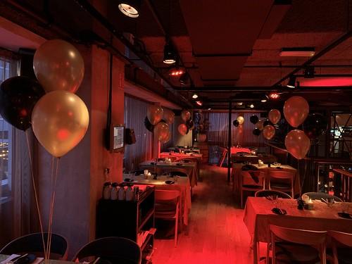 Tafeldecoratie 3ballonnen Cafe in the City Rotterdam