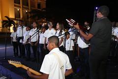 La Navidad llega al Palacio Nacional. Familias dominicanas visitan jardines de su Palacio Nacional decorado especialmente para la Navidad (20-12-2019)