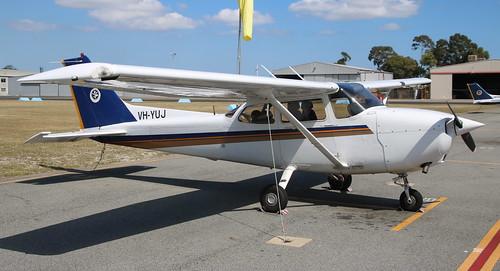 Cessna 172 VH-YUJ Jandakot 27/09/19