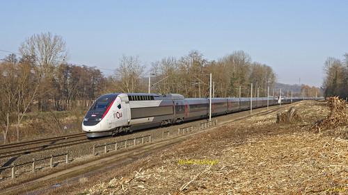UM TGV POS 4410-4406 Train 9216 Basel SBB-Paris GdL à Zillisheim