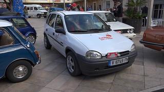 Concentración vehículos clásicos en Foios