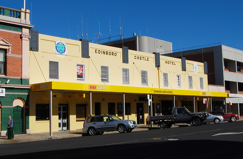 Edinboro Castle Hotel, Bathurst, NSW.