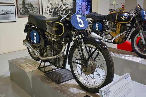 Velocette KTT bike (2)