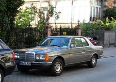 Mercedes-Benz W123 Coupé (C123)
