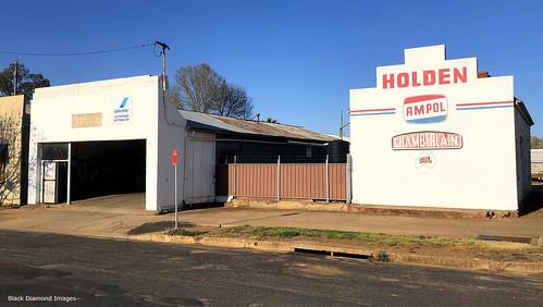 Former Motor Garage, Yeoval, Central West, NSW