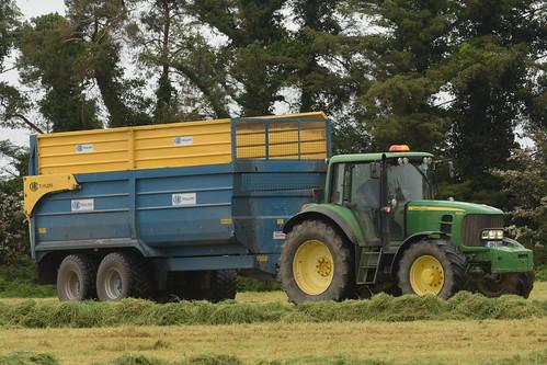 John Deere 6930 Tractor with a Kane Halfpipe Trailer