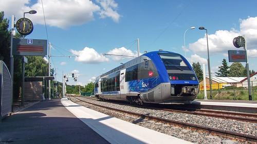 X73711 • Gare de Brignais