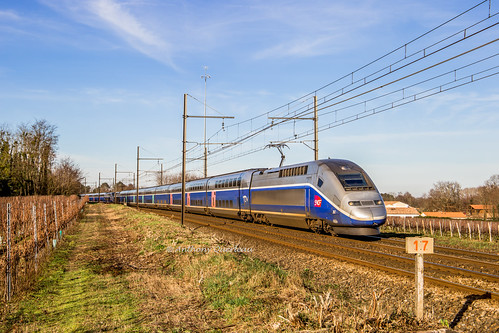 28 décembre 2019 TGV D 267-271 Train 7671 Paris -> Toulouse Beautiran (33)