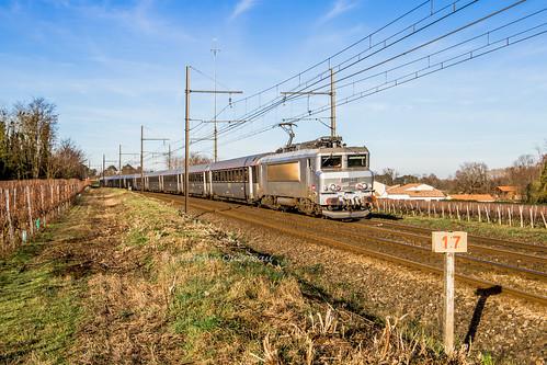 28 décembre 2019 BB 22240 Train 4659 Bordeaux -> Marseille Beautiran (33)