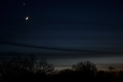 Venus and Moon in Twilight 2019-12-28 1736 EST