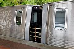 Metro intercar barriers