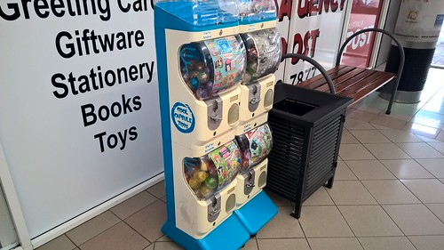 Automatic Toys Modena Prize Box Coin-Operated Machine @ Calwell Shopping Centre, ACT