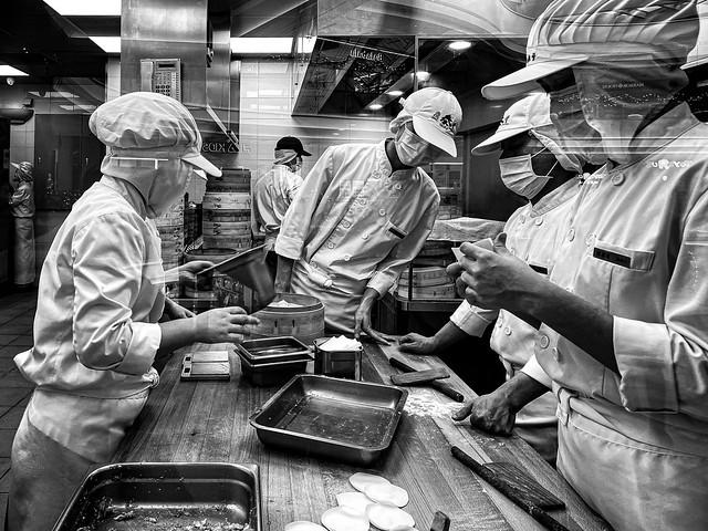 Making Dumplings Is Like A Surgical Procedure (Guangzhou, China. Gustavo Thomas © 2019)