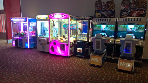 SEGA Grab 'N' Win and Key Master, Betson E-Claw 900, LAI Games Stacker and NAMCO Dead Heat Coin-Operated Arcade Games @ Hoyts Cinemas, Woden, ACT
