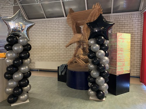 Ballonpilaar Breed Folieballon Kerst Penta College Molenwatering Spijkenisse