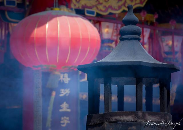 Encens et Lanterne Céleste à Wong Tai Sin / Incense and Sky Lantern in Wong Tai Sin