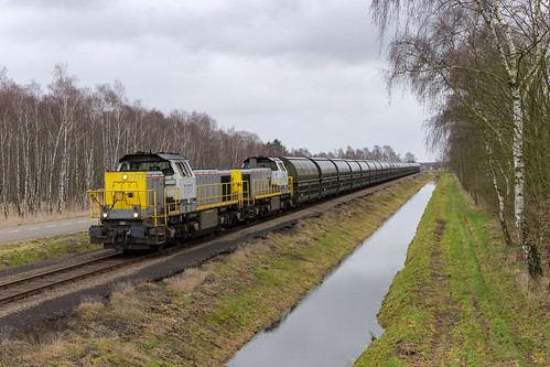 Budel-Dorplein, 23 december 2019 | Lineas 7777 + 7776