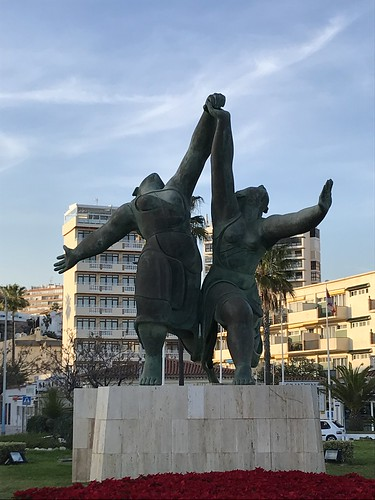 Running statues