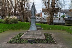 MARIAN STATUE IN DRUMCONDRA [WHEN I WAS YOUNG THERE WAS A LEMONS SWEET FACTORY NEARBY]-158666