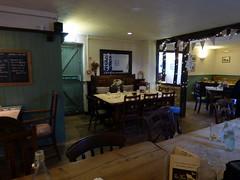GOC Therfield 057: Fox & Duck, Therfield (interior)