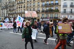 hommage à un gréviste de la RATP, Alix, qui s'est suicidé il y a quelques jours.