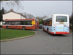 Heuliez Bus GX 117 – Setram (Société d'Économie Mixte des TRansports en commun de l'Agglomération Mancelle) n°906 & Renault Agora S – Setram (Société d'Économie Mixte des TRansports en commun de l'Agglomération Mancelle) n°603