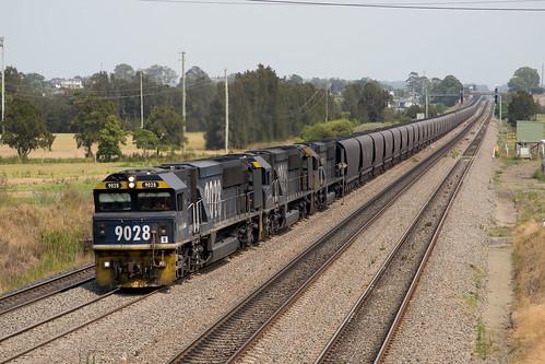 Pacific National EMD GT46CWM 9028/9025/9024 on a up coal passing thru Tarro