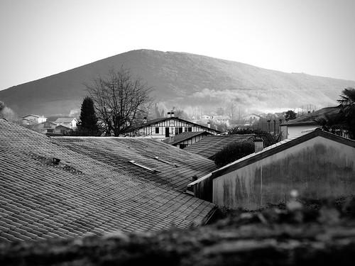 Sur les toits d'Ascain