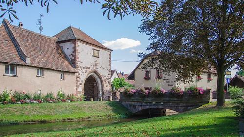 Aux abords de Dachstein et sa porte de la Bruche