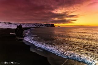 Iceland Winter sunrise Landscape photo │ Reynisdrangar, Vík Black Beach