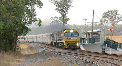 THE NEXT TRAIN DOES NOT STOP AT THIS STATION. TOUR TRAIN 6AT8 'GREAT SOUTHERN' - MARTINS CREEK 5th Jan 2020.