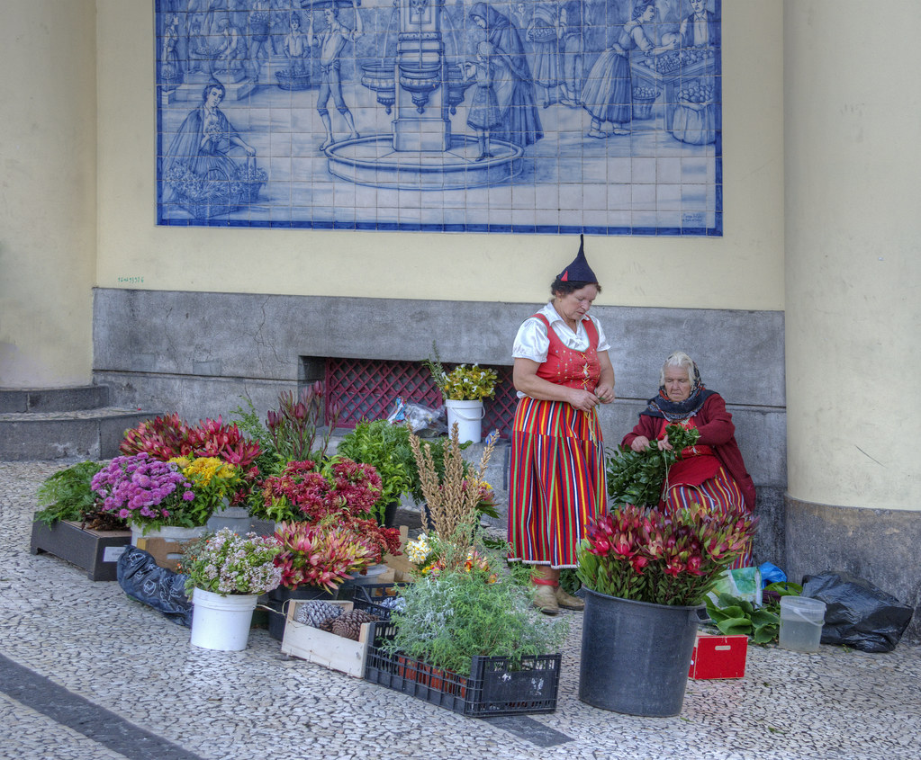 Flower Girls - Funchal - Madeira