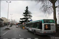 Irisbus Citélis 12 – RATP (Régie Autonome des Transports Parisiens) / STIF (Syndicat des Transports d'Île-de-France) n°8574